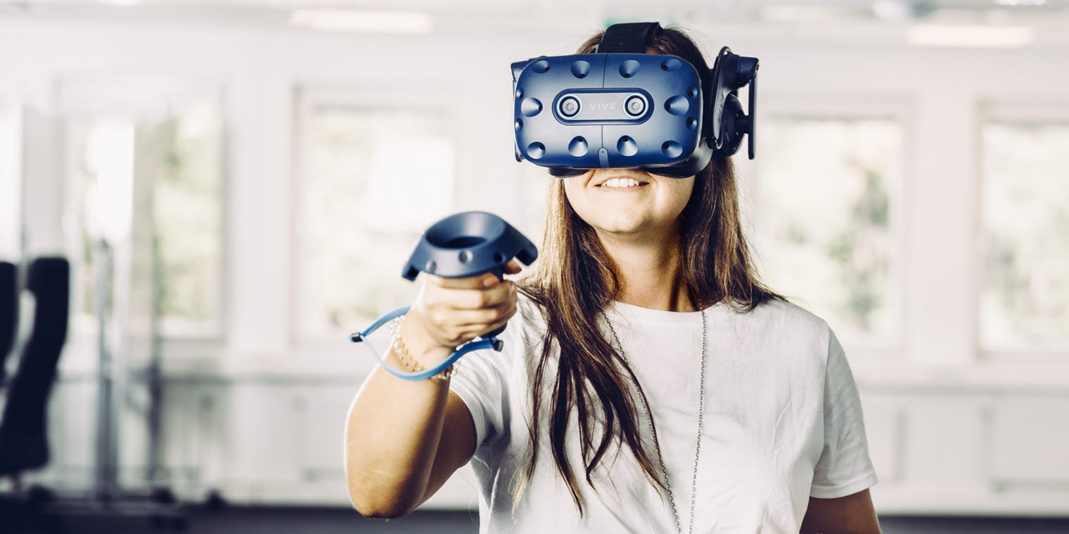 Eye tracking research in immersive virtual environments
