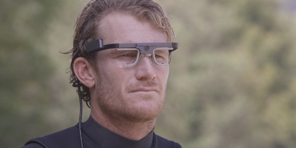 Bede Durbidge, professional surfer wearing Tobii Pro Glasses 2 eye tracker.